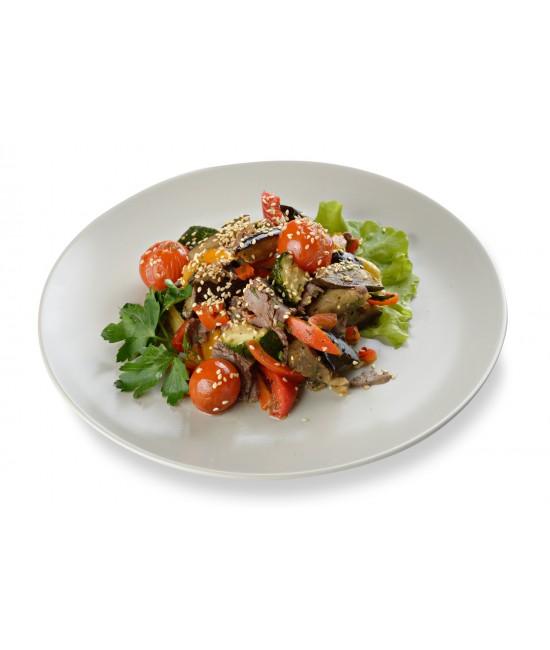 Салат мясной с баклажанами